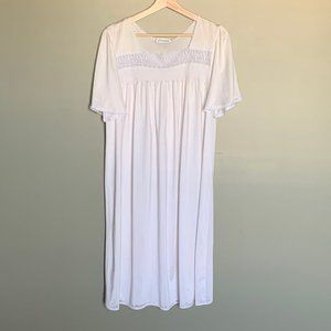 Vintage French Maid white mid length nightgown M